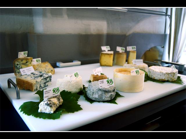 Centser roud haus cents gastronomie restaurant bar - La cuisine rapide luxembourg ...