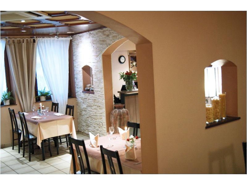 Il Piccolo Mondo Hotel Restaurant Pizzeria  U00e0 Luxembourg